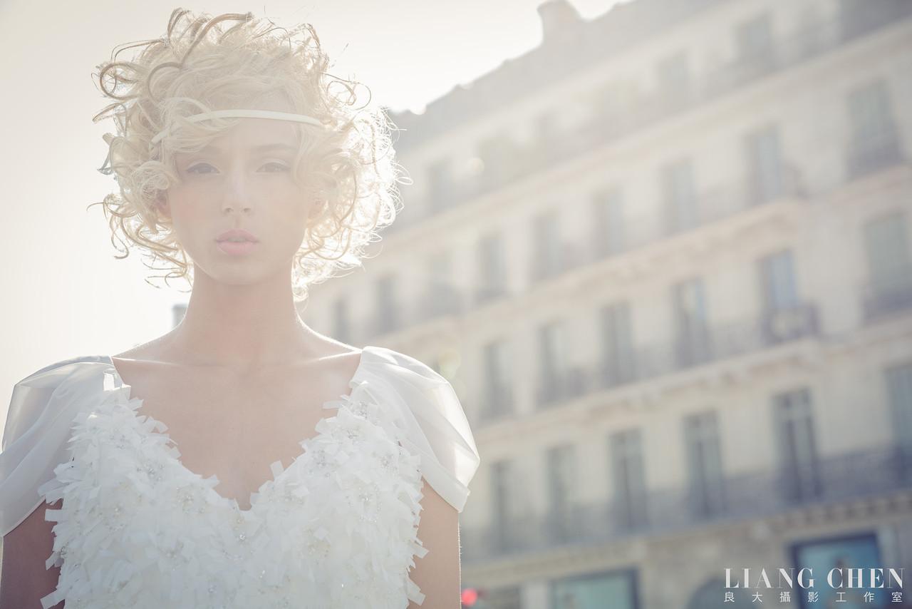 自助獨立婚紗,海外婚禮, 海外婚紗,婚紗攝影,婚攝,婚紗攝影工作室,良大LiangChen,婚禮攝影, 婚禮紀錄,廣告,雜誌,形象,新娘物語拍攝,法國巴黎拍攝,