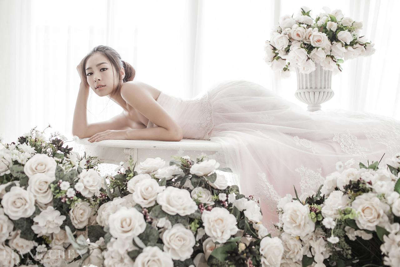 自助獨立婚紗,海外婚禮, 海外婚紗,婚紗攝影,婚攝,婚紗攝影工作室,良大LiangChen,婚禮攝影, 婚禮紀錄,廣告,雜誌,形象,新娘物語拍攝
