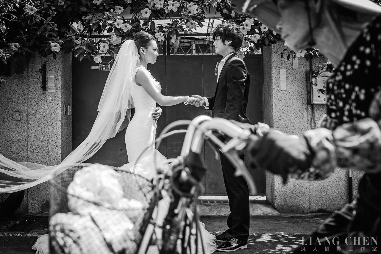 自助獨立婚紗,海外婚禮, 海外婚紗,婚紗攝影,婚攝,婚紗攝影工作室,良大LiangChen,婚禮攝影, 婚禮紀錄,廣告,雜誌,形象,台中拍攝