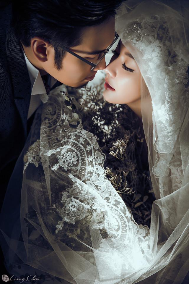 自主婚紗,獨立婚紗,自助婚紗,海外婚禮, 海外婚紗,婚紗攝影,婚攝,台北攝影師,台灣攝影師,婚紗攝影師,婚紗攝影工作室,良大LiangChen,婚禮攝影, 婚禮紀錄,婚禮,婚紗,攝影,白紗,禮服, 婚禮攝影,婚禮拍照,拍婚紗,拍婚禮,結婚迎娶,訂婚儀式,人像婚紗, 個性時尚婚紗, Howbon Floral Design 好棒花藝,Alisha&Lace 愛儷紗&蕾絲手工婚紗,棚內婚紗照,陽明山