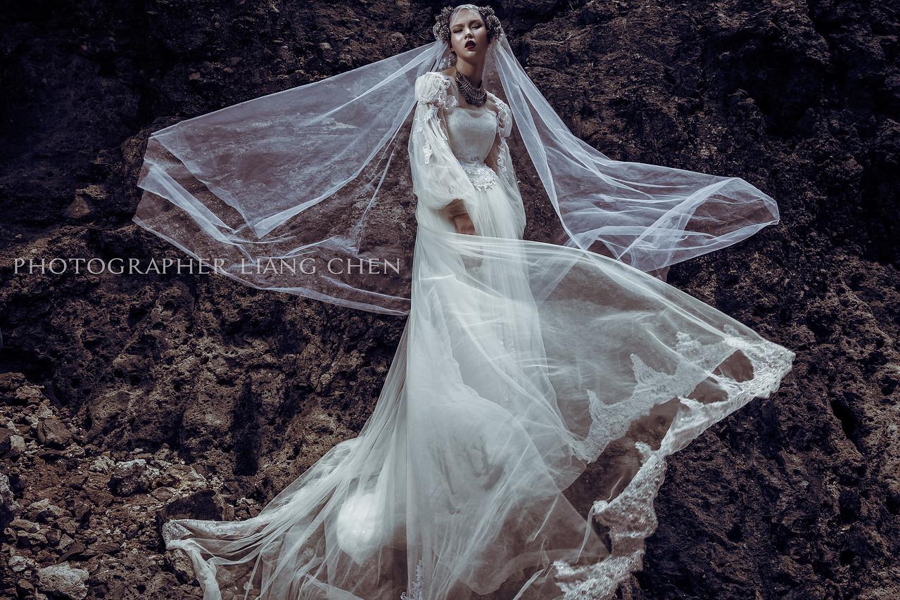 《廣告形象》愛情萬歲禮服創作 / 概念式影像創作